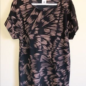 Cabi Tunic Top Tate Printed blouse 3433 Size Small